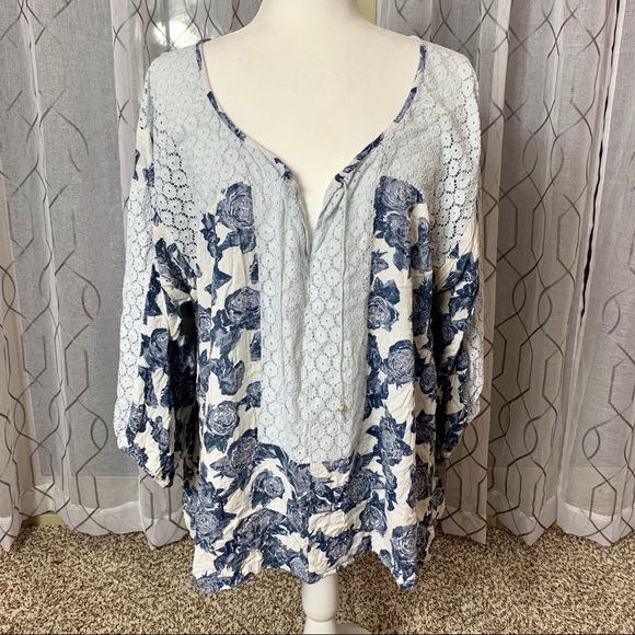 Free People Tops - Free People Lace Trim Floral Flowy Tunic Large